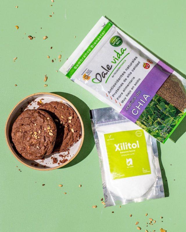 Sabias que podés hacer tus cookies con harina de chia y reemplazar tus endulzante por xilitol? 🌱🥰
