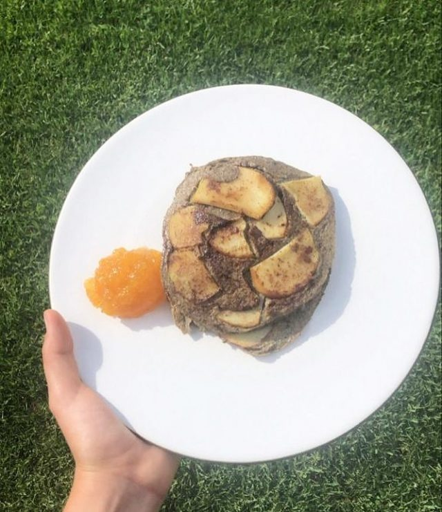 🌱Receta vegetariana  Harina de chía- xilitol - huevo para la preparación  Conocé y conseguí nuestros productos en la web!  🌸FELIZ VIERNES!